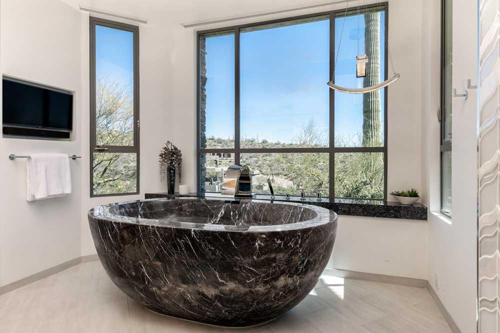 Durango Stone monsoon tub